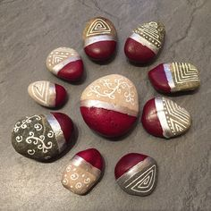 Stonepainting Pebble Painting, Pebble Art, Stone Painting, Rock Painting Ideas Easy, Rock Painting Designs, Stone Crafts, Rock Crafts, Hobbies And Crafts, Arts And Crafts