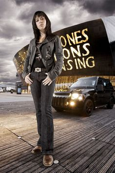 I like Gwen better in Torchwood. The whole Rhys thing just kinda bores me. 13th Doctor, Doctor Who, Eve Myles, Russell T Davies, Sarah Jane Smith, Captain Jack Harkness, John Barrowman, Christopher Eccleston, Torchwood