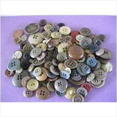 Lot of vintage vegetable ivory buttons various sizes and shades (A)
