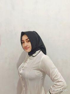 Hijab Chic, Hijab Outfit, Muslim Women, Bodycon Dress, Sexy, Outfits, Beautiful, Beauty, Dresses