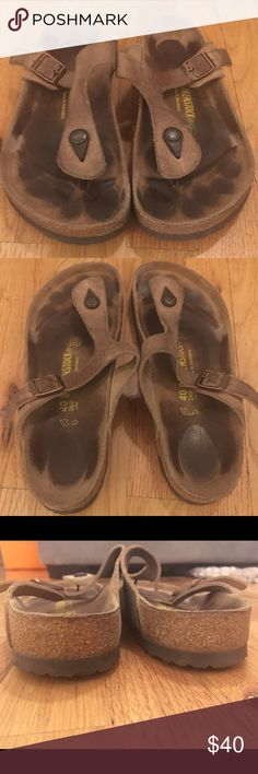 Birkenstock Gizeh Birkenstock Gizeh size 40. Worn but lots of life left. No wear on the bottom of the sole at all. Birkenstock Shoes Sandals