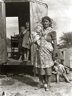 Depression era photo by Dorothea Lange.
