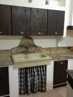 Lavello in pietra chiara   home   Pinterest   Kitchens, Laundry ...