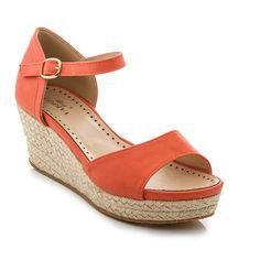 Strap on comfortable style and strut in the sun with these trendy platform sandals, constructed of a faux leather upper with an espadrille wedge for a casually chic look. A classy adjustable ankle strap with an open-toe provides a perfect fit. Wedding Wedges, Wedding Shoes, Wedge Sandals, Espadrille Wedge, Lady Godiva, Shoe Deals, Comfortable Fashion, Cute Shoes, Amazing Women