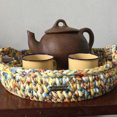 Como Fazer Cesto de Fio de Malha: 31 Estilos com Passo a Passo Crochet Basket Pattern, Knit Basket, Granny Square Crochet Pattern, Basket Weaving, Crochet Home, Crochet Gifts, Knit Crochet, Crochet Motifs, Crochet Stitches