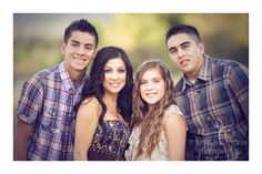 Photography Poses For Teens Family Portraits Older Siblings 44 Ideas For 2019