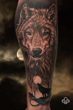 Experience World Famous Club Tattoo. We are the best tattoo and piercing studio in Arizona & Las Vegas. Our World Class tattoo artists will bring your art to life. Wolf Tattoo Shoulder, Arizona Tattoo, Club Tattoo, Piercing Studio, Animal Tattoos, Art Logo, Tattoo Artists, Cool Tattoos, Body Art