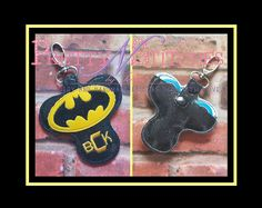 """ITH Dark Crusader Spinner Keeper Key Fob Embroidery Design hoop size 4X4, 3X6, 5X5, 5X7,  FITS 3"""" Spinner, Letters NOT included by PrettyNStitches on Etsy"""