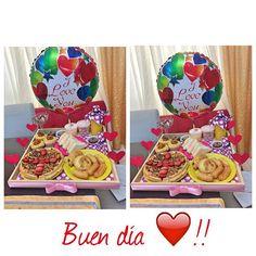 Desayuno enviado desde Panamá ❤️!! #loveodelice #cumpleños #domicilio #Amor #puertoordaz Breakfast Tray, Candy Bouquet, Make A Wish, Diy Christmas Gifts, Custom Items, Anniversary Gifts, Love, Valentines, Birthday