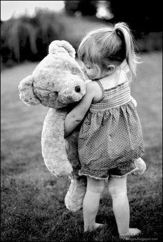 little girl with teddy bear  Silhouettes | kid-little-girl-hug-teddy-bear.jpg