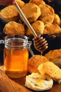 Gatime tradicionale Greke: Mjalti per shendetin ton !!!
