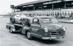 "1954 Mercedes-Benz transporter ""Blue Wonder"" carrying a W 196 R Monoposto Formula One car. Mercedes Benz Forum, Mercedes Sls, Classic Mercedes, Automobile, Mercedez Benz, Race Engines, Racing Events, Racing Team, F1 Racing"