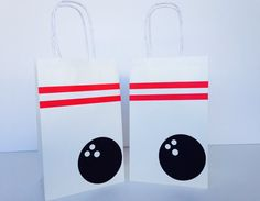 These adorable goodie bags are the perfect way to wow your guests after a lot of  bowling fun!    Set of 12 white paper bags measuring