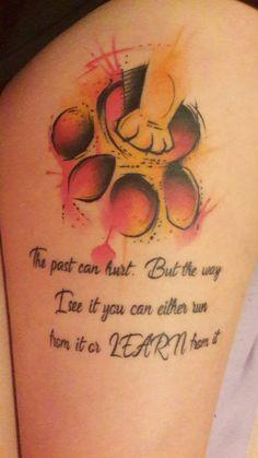Lion King Tattoo :) tatuagem tatuagem cascavel tatuagem de rosa tatuagem delicada tatuagem e piercing manaus tatuagem feminina tatuagem moto clube tatuagem no joelho tatuagem old school tatuagem piercing tattoo shop Future Tattoos, New Tattoos, Body Art Tattoos, Small Tattoos, Tatoos, Celtic Tattoos, Friend Tattoos, Mini Tattoos, Finger Tattoos