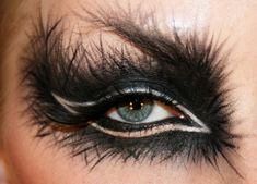 Feather eye makeup #Tumblr