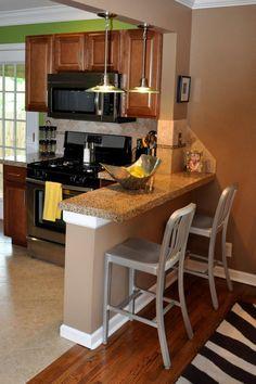 Small breakfast bar idea for tiny kitchen