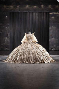 Mirror Mirror costume by Eiko Ishioka
