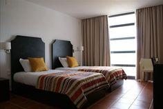 A beleza natural e a gastronomia do Alto Alentejo. No Hotel Rural Santo António noite com pequeno-almoço para 2 pessoas + jantar a 2 por 59€. 2 noites por 99€, 3 noites por 145€ e 5 noites por 229€. - Descontos Lifecooler