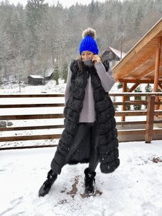 Looking for a Faux Fur Vest? Shop our Faux Fur Vest Made For You With ❤. Our fur vests are only made of artificial fur, supplemented by artificial leather. Long Vests, Artificial Leather, Faux Fur Vests, Canada Goose Jackets, Really Cool Stuff, Winter Jackets, Bohemian, This Or That Questions, Clothes