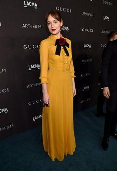 Pin for Later: Die Stars hatten sich richtig in Schale geworfen für die LACMA Gala Dakota Johnson in Gucci