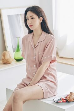 KOODING, a Korean fashion online shopping website, offers women's Korean pajamas for sale. Shop for Korean style womens sleepwear pajamas online. Cute Pajama Sets, Cute Pajamas, Pajamas Women, Cute Sleepwear, Girls Sleepwear, Loungewear, Korean Fashion Online, Pajama Outfits, Korean Outfits