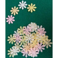 36 X PASTEL FLOWER M SWEET EDIBLE WAFER / RICE PAPER CUP CAKE TOPPERS PARTY WEDDING BIRTHDAY DECORATION (Pastel Mix): Amazon.co.uk: Kitchen & Home