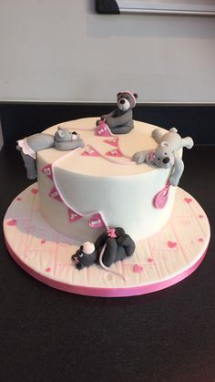 'It's a girl' teddy bear themed baby shower cake