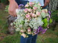 Rosas de pitiminí, mi última obsesión #boda #ramos #novias #flores