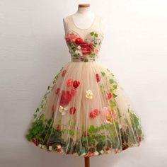 Wir nehmen Maßanfeitiging an. Kleine Änderungen können nach Ihren Wünschen durchgeführt werden. Wir nehmen auch kundenspezifischen Auftrag, schicken Sie mir das Bild des Kleides, das Sie möchten,...