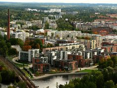 A view to Tampere. Farthest from the center of this picture, those white tallest three buildings, are the Tampere University Hospital.