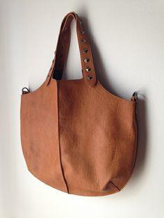 Τσάντα με τρουκς.....!!