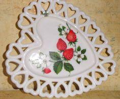 Westmoreland heart shaped strawberry plate