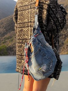 Working now with denim, the prolific textile maven, fashionista, and artist Yoshimi from Kaban Plus assembles these chic yet humble hand bags. Each piece is handcrafted, lined with bright silk, and fe