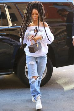 Rihanna out and about in New York, 10/5.