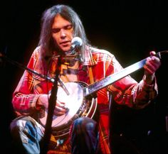 Neil Young / Love is a rose...