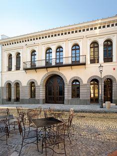 Între Lipscani şi Gabroveni Cultural Center, Bucharest, Mansions, House Styles, Home Decor, Decoration Home, Manor Houses, Room Decor, Villas