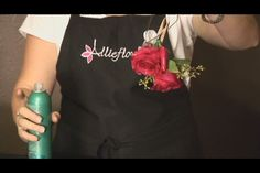 Video: How to Dry Out a Corsage