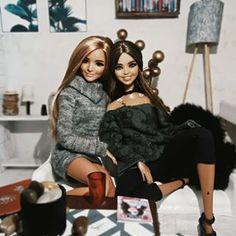 Desfrutando ao máximo e bem em paz no balneário natural de Outariz... Seja feliz, vive e deixa viver! ✌️ . . . #barbiegram #barbiedoll… Barbie Life, Barbie World, Barbie And Ken, Cool Fire, Barbie Doll Accessories, Barbie Model, Beautiful Barbie Dolls, Barbie Clothes, Fashion Dolls