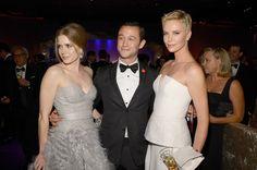 At the 2013 Oscars with Amy Adams and Joseph Gordon-Levitt