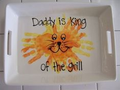 Fathers Day, such a cute idea! My kids tell me all the time.... Mom cooks in the kitchen.... Dad cooks on the BBQ! - mod-home.co