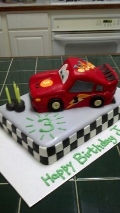 Amy's Crazy Cakes - Lightning McQueen cake