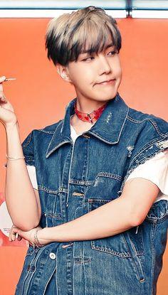 Foto Bts, K Pop, Jung Hoseok, Bts Aesthetic Pictures, Gwangju, Bts J Hope, K Idols, Jimin, Dancer