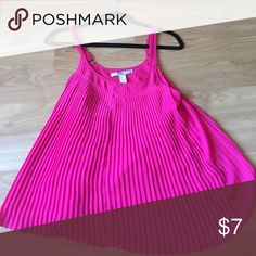 Forever 21 pleated top Cute bright pink pleated top with lining. Looks great with pencil skirt for work or skinny jeans at night. Forever 21 Tops Camisoles