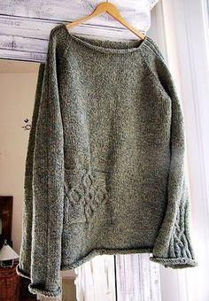 "Armenius - free pattern on Ravelry. ""Armenius - free pattern on Ravelry. simple sweater with cable celtic knot details very pretty! Knitting Yarn, Free Knitting, Diy Pullover, How To Purl Knit, Knit Picks, Pulls, Knit Crochet, Knitwear, Knitting Patterns"