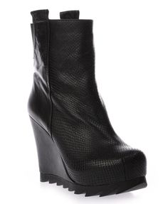 Embossed Panel Design Wedge Heel Boots with Sawteeth Sole