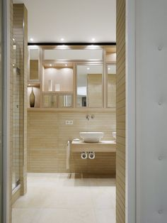 Quant 1, Stuttgart, 2008 by Ippolito Fleitz Group #architecture #design #interiors #luxury #bathroom