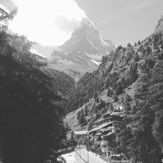 Matterhorn from Zermatt, Switzerland. #matterhorn #zermatt #swiss #switzerland #timelapse #timelapsevideo #mountains www.albertoexposito.net Swiss Switzerland, Time Lapse Photography, Zermatt, Mountain S, Mount Everest, World, Nature, Photos, Travel