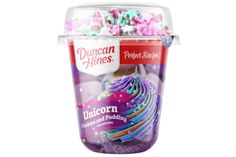 Duncan Hines Is Selling Personal-Sized Unicorn Cookies and Pudding Cups - Fat Lose Diet Diy Unicorn Cake, Unicorn Cookies, Unicorn Party, Little Girl Toys, Baby Girl Toys, Toys For Girls, Fire Chicken, Unicorn Foods, Pudding Cups