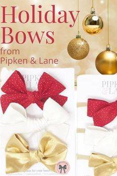 Holiday bows are always a favorite and almost always sell out! Grab yours today by subscribing to Pipken & Lane - 3 handmade bow subscription delivered right to your door. Perfect for celebrating wherever you are - time to add a little fancy in your little ones life! Headband and bow style options available. Girls Christmas Outfits, Christmas Fashion, Christmas Baby, Christmas Themes, Baby Bows, Handmade Design, Girls Accessories, Winter Holidays, Place Card Holders
