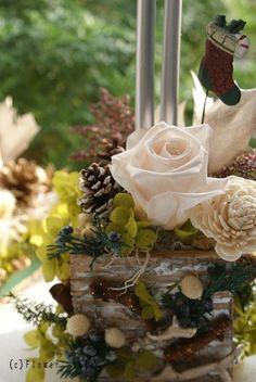 『森のキャンドルアレンジ(グリーン×白)』 http://ameblo.jp/flower-note/entry-10724952062.html